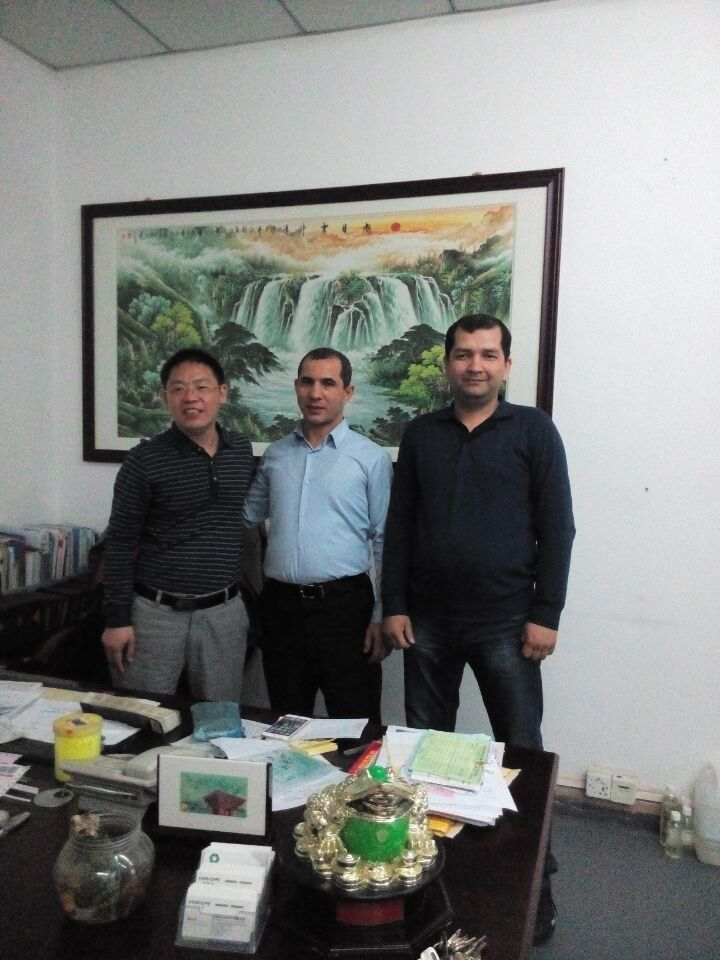 Uzbekistan customers come to visit jindaquan factory regarding the PMMA pigments cooperation